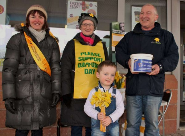 The great effort maintained throughout Daffodil Day on Friday, 27th March 2015 resulted in a grand total of €4,053.00 for the Irish Cancer Society.  We thank Phil Sheehan for this important information.  Click on the images to enlarge.  (S.R.)