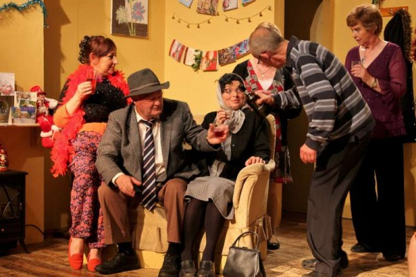 """Banteer Drama Group appearing in """"Family Fever"""" by Sam Cree at the Glen Theatre on Sunday, 5th April 2015.  The excellent production continues on various dates.  Bookings on 029 56239.  Click on the images to enlarge."""
