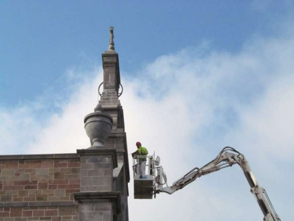 4Hoist at St.Patrick's Church, Millstreet  8th April 2015 -800
