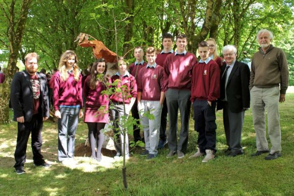 "On Tuesday, 26th May 2015 Eileen Creedon officially launched the new hugely impressive Sculpture Park featuring ""Unknown Creatures in a Known Environment"" (described below by Artist Supreme Kevin McMahon LSAD Graduate and past pupil of Millstreet Community School).  Click on the images to enlarge.  (S.R.)"