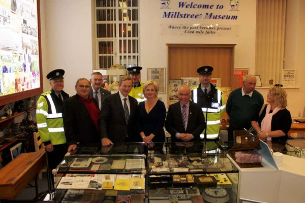 On Friday, 12th June 2015 we were greatly honoured that Taoiseach Enda Kenny visited Millstreet Museum & Tourist Information Centre.   He showed enormous interest in a variety of our historic exhibits including the Knock Piglrimage Poster of 1962 and in hearing about our arrival at Claremorris Station in Co. Mayo on that histroric occasion. Click on the images to enlarge.  (S.R.)
