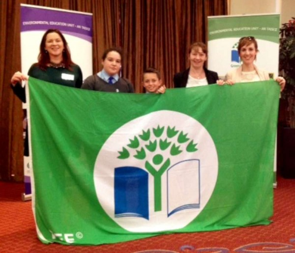 Sincere congratulations to Cullen N.S. on recently receiving their truly marvellous Fourth Green Flag.  We thank Eileen for the image.  Click on the picture to enlarge.  (S.R.)
