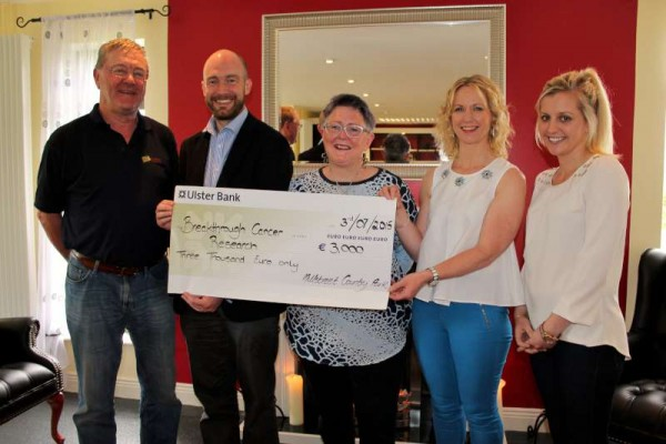 Following the recent Annual Kite Fest 2015 at Millstreet Country Park a very impressive cheque for €3,000.00 has been presented to Breakthrough Cancer Research based at UCC.  Pictured at the presentation in Millstreet Country Park (from left):  Donie Howard, Manager MCP; Eoghan O'Sullivan, Campaign Manager, Breakthrough Cancer Research, UCC; Joanie Hanley, Fermoy, Coordinator of Annual Kite Fest; Janice Sheehan, Owner MCP; Orlaith Giltenan, Marketing Executive MCP.  Click on the image to enlarge.  (S.R.)