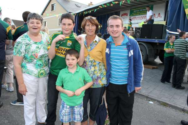 11Kerry Football Team Homecoming in Rathmore 2014 -600