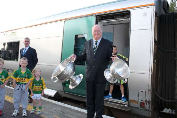 28Kerry Football Team Homecoming in Rathmore 2014 -600
