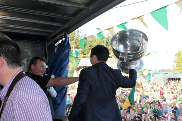 40Kerry Football Team Homecoming in Rathmore 2014 -600