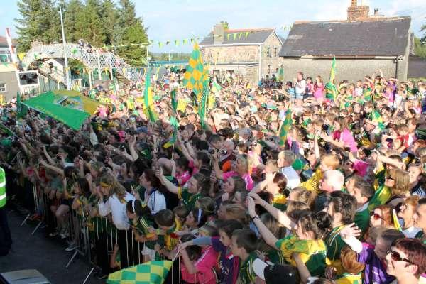 50Kerry Football Team Homecoming in Rathmore 2014 -600