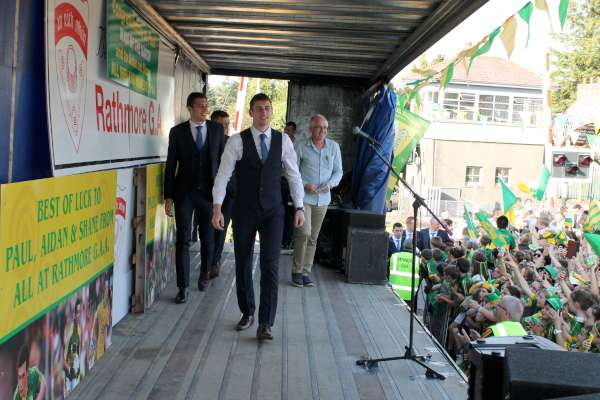 55Kerry Football Team Homecoming in Rathmore 2014 -600
