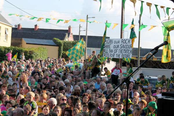 62Kerry Football Team Homecoming in Rathmore 2014 -600