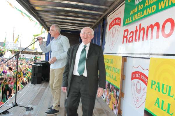 63Kerry Football Team Homecoming in Rathmore 2014 -600