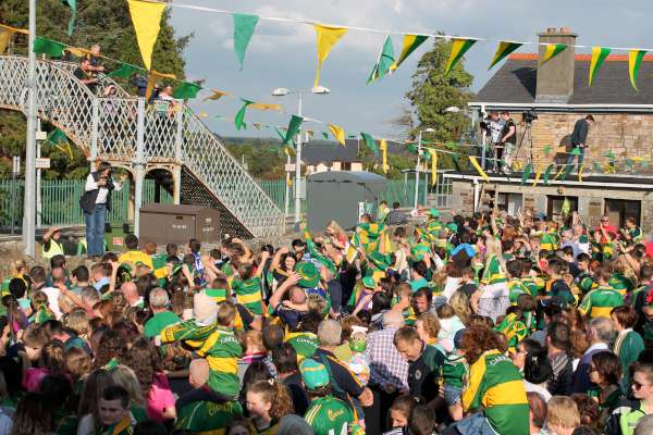 64Kerry Football Team Homecoming in Rathmore 2014 -600