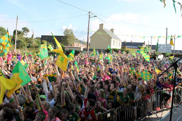 65Kerry Football Team Homecoming in Rathmore 2014 -600