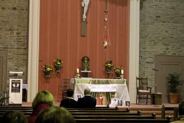 2Seán Gallagher visits Derrinagree Church 2015 -600