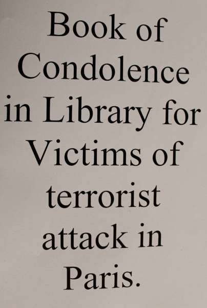 The Book of Condolence will remain open for signing for the next fortnight.  We thank Denis O'Shea of the Millstreet Branch of Cork Co. Council for alerting us to this important notice.  Click on the images to enlarge.  (S.R.)