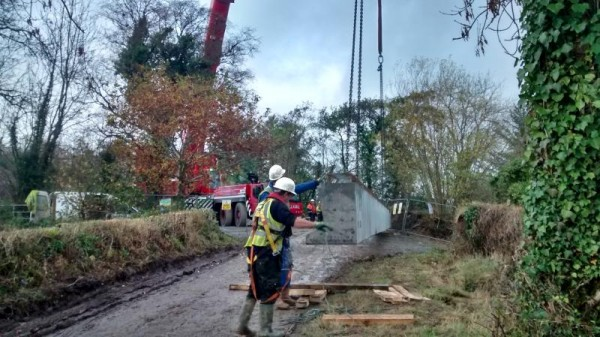 2015-11-09 Construction of the Boeing Bridge 158