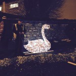 2015-11-20 Christmas Swan at West End 02
