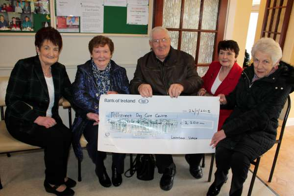 Following the hugely popular Lackabawn Vintage Day in August 2015 a truly magnificent cheque for €2,500.00 was recently presented to Millstreet Day Care Centre to assist with future developments.  From left:  Kathleen Healy, Millstreet Community Housing and Day Care Centre, Ann & John Barry of Lackabawn Vintage Project, Mary Feeley, Coordinator, Millstreet Day Care Centre and Anne Cowman,  Millstreet Community Housing and Day Care Centre.   Click on the image to enlarge.  (S.R.)