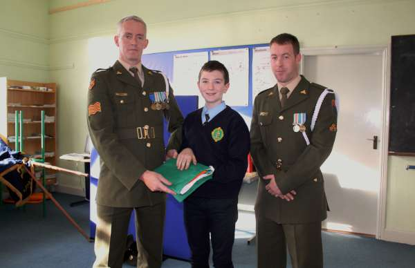 Presentation of our National Flag at Scoil Mhuire, Millstreet BNS on Wednesday, 11th Nov. 2015. Click on the images to enlarge.