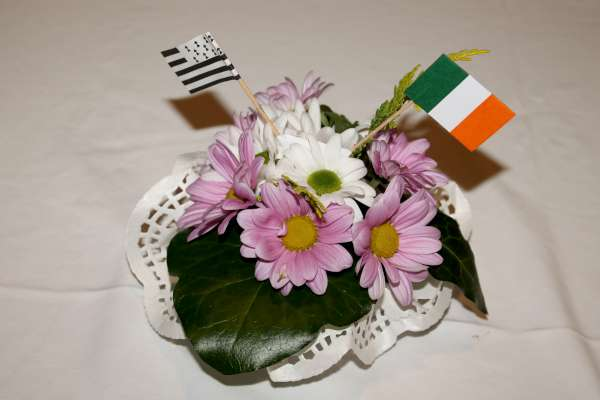 Special arrangement feature prepared by Anne Keane on the tables at the Twinning event.