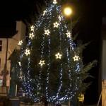 2015-12-01 Putting up the Christmas Lights 1653