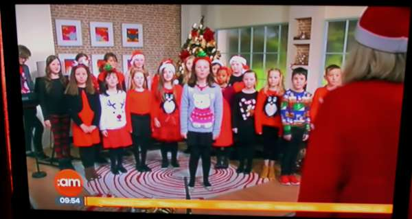 6Voiceworks Youth Choir Cork on TV3 -600