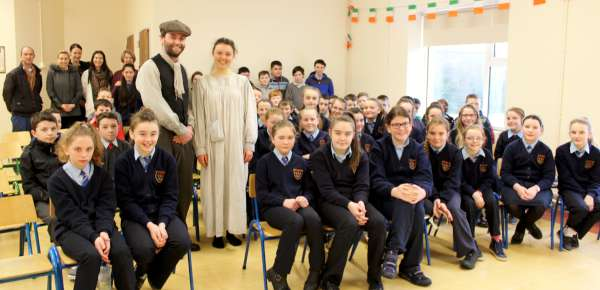 Evan and Clara in their 1916 style pictured with the many young people who were given such an excellent insight into the life of a 15 year old girl of the 1916 era. Click on the images to enlarge. (S.R.)