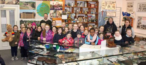 Mr. R. Browne's 2nd & 3rd Class visited Millstreet Museum on Tuesday, 16th February. The superb pupils were so very attentive and posed some truly interesting questions. Principal, Joan O'Mahony and S.N.A. Margaret Pierce also accompanied the children. Click on the images to enlarge. (S.R.)
