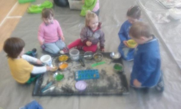 2016-04-19 Messy Hands at Millstreet Parent and Toddler Gtoup 101244-800