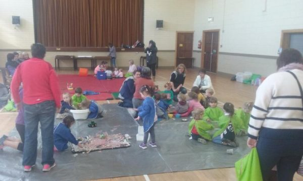 2016-04-19 Messy Hands at Millstreet Parent and Toddler Gtoup 102813-800