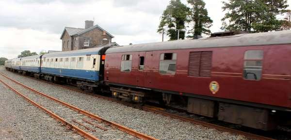 19Emerald Isle Explorer Steam Train in Millstreet 2016 -600