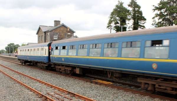 24Emerald Isle Explorer Steam Train in Millstreet 2016 -600