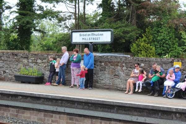 5Emerald Isle Explorer Steam Train in Millstreet 2016 -600