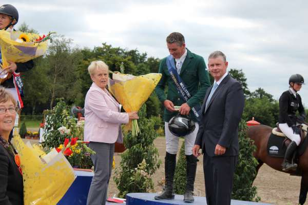 1Showjumping Success at Green Glens Aug. 2016 -600