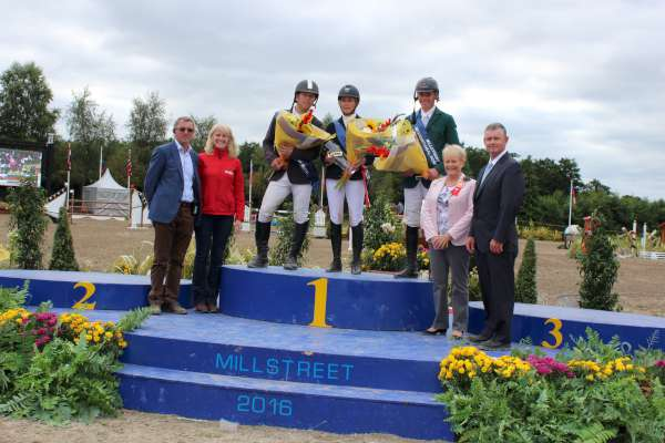 2Showjumping Success at Green Glens Aug. 2016 -600