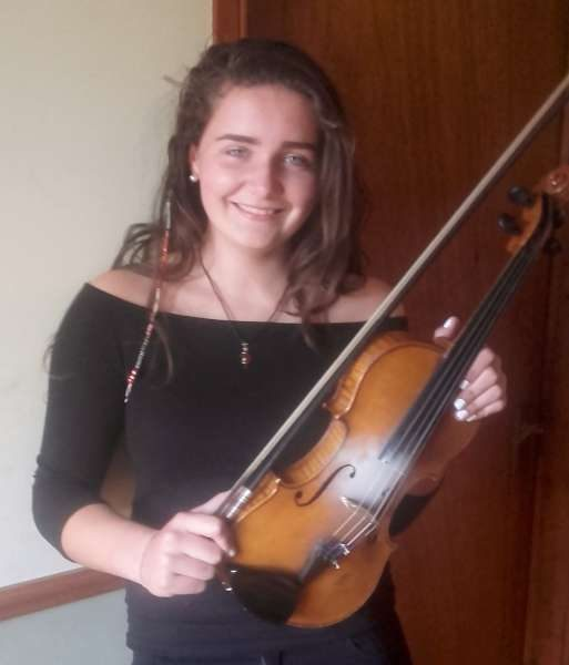 wish Anna Buckley the best of luck in the solo fiddle competition in the All-Ireland Fleadh this Friday Aug 19th