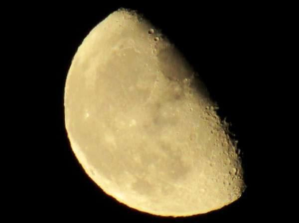 3sept-moon-over-millstreet-21st-2016-600