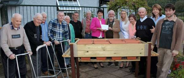 4hospital-presentation-to-millstreet-mens-shed-2016-600