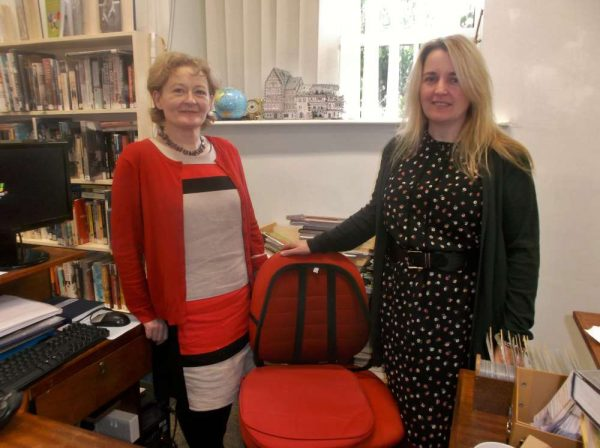 Nora & Grace continuing the wonderful Library service so marvellously provided by Breda over the years. Grace (Tangney) is the new Librarian at Millstreet's Carnegie Hall. Click on the image to enlarge.