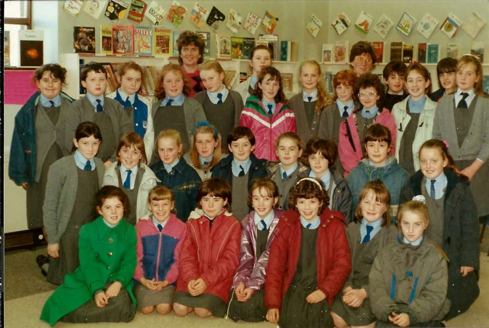85-pupils-of-presentation-convent-2nd-row-2nd-left-mairead-roch-1000