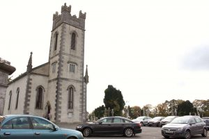 17arriving-for-katie-niall-oconnors-wedding-2016-1000