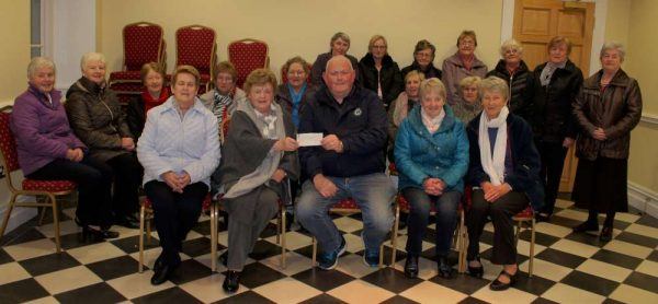 Annabelle O'Sullivan, on behalf of the Millstreet Branch of the Active Retired Association presents an impressive cheque to Gerard Sheehan, Coordinator DBM (Doneraile/Buttevant/Mallow) Community Responder Scheme. This presentation which took place on Monday, 28th Nov. 2016 in Millstreet Parish Centre is the excellent result of a recent Coffee Morning. Gerard addressed the gathering and outlined the overall role and inspiring work of those involved in this voluntary scheme. We recorded a splendid interview with Gerard and this will be heard on Radio Treasures on Tuesday, 29th Nov. at 10pm. The programme may be accessed by logging on to www.corkmusicstation.com Click on the images to enlarge. (S.R.)