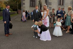 29arriving-for-katie-niall-oconnors-wedding-2016-1000