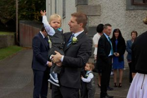 32arriving-for-katie-niall-oconnors-wedding-2016-1000