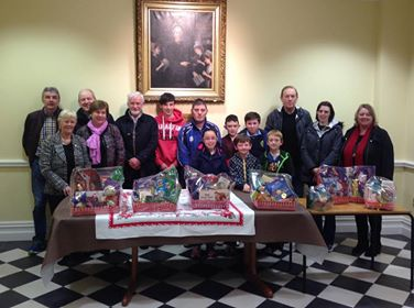 2016-12-15 Millstreet Pitch & Putt Christmas Hampers Presentation
