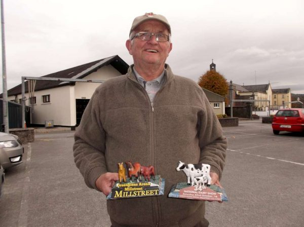 Jerry Lehane presents two superb works of art to Millstreet Museum.  Click on the images to enlarge.  (S.R.)